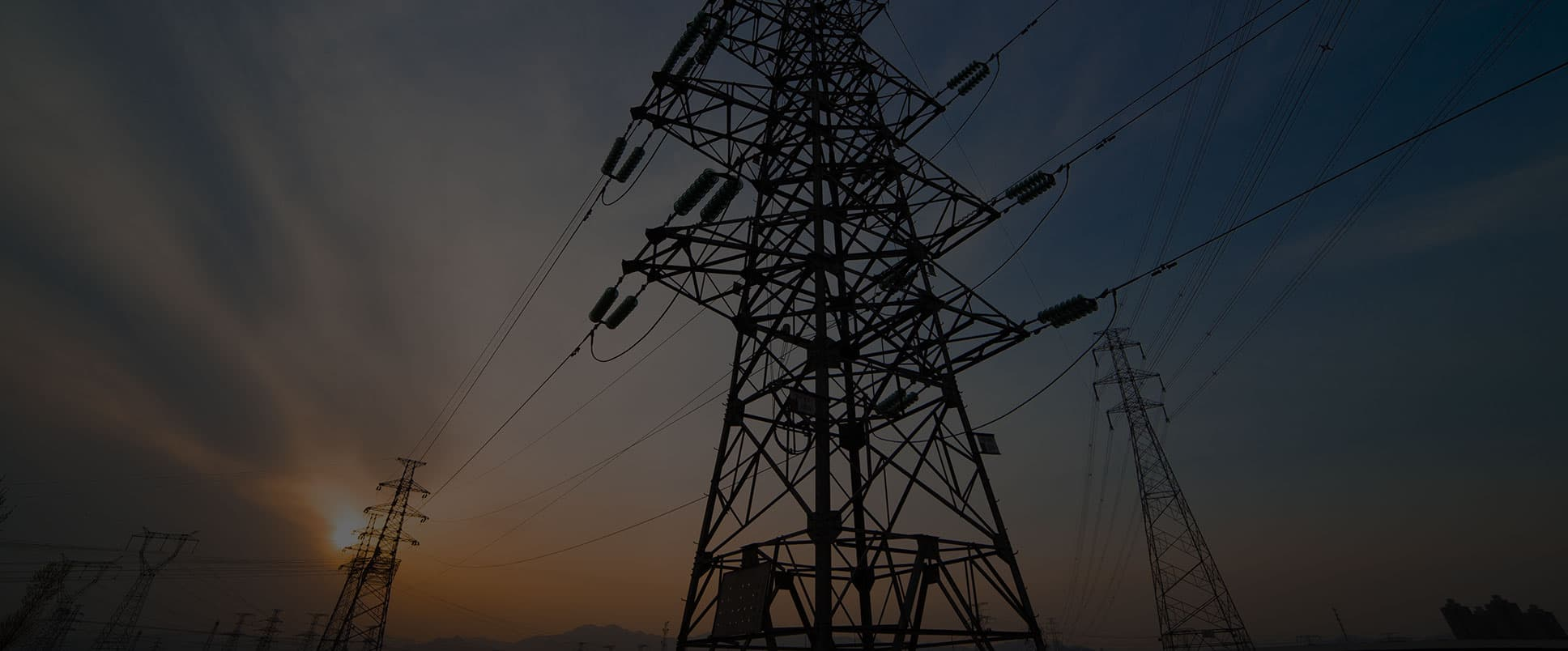 realizziamo impianti elettrici, di allarme e sicurezza, domotici e di automazione